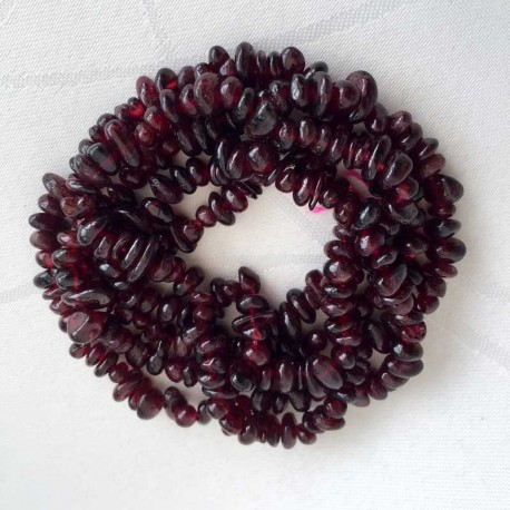 Garnet Crystal Gemstone Chips 40cm Strand DIY jewellery