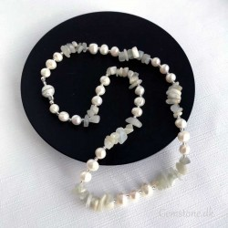 Moonstone Freshwater Pearl Necklace Magnet Clasp
